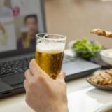オンライン飲み会をスマホで楽しむおすすめグッズを紹介!
