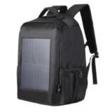 ソーラーパネル付きリュックで移動時間に賢く蓄電。電気代無料でお得!